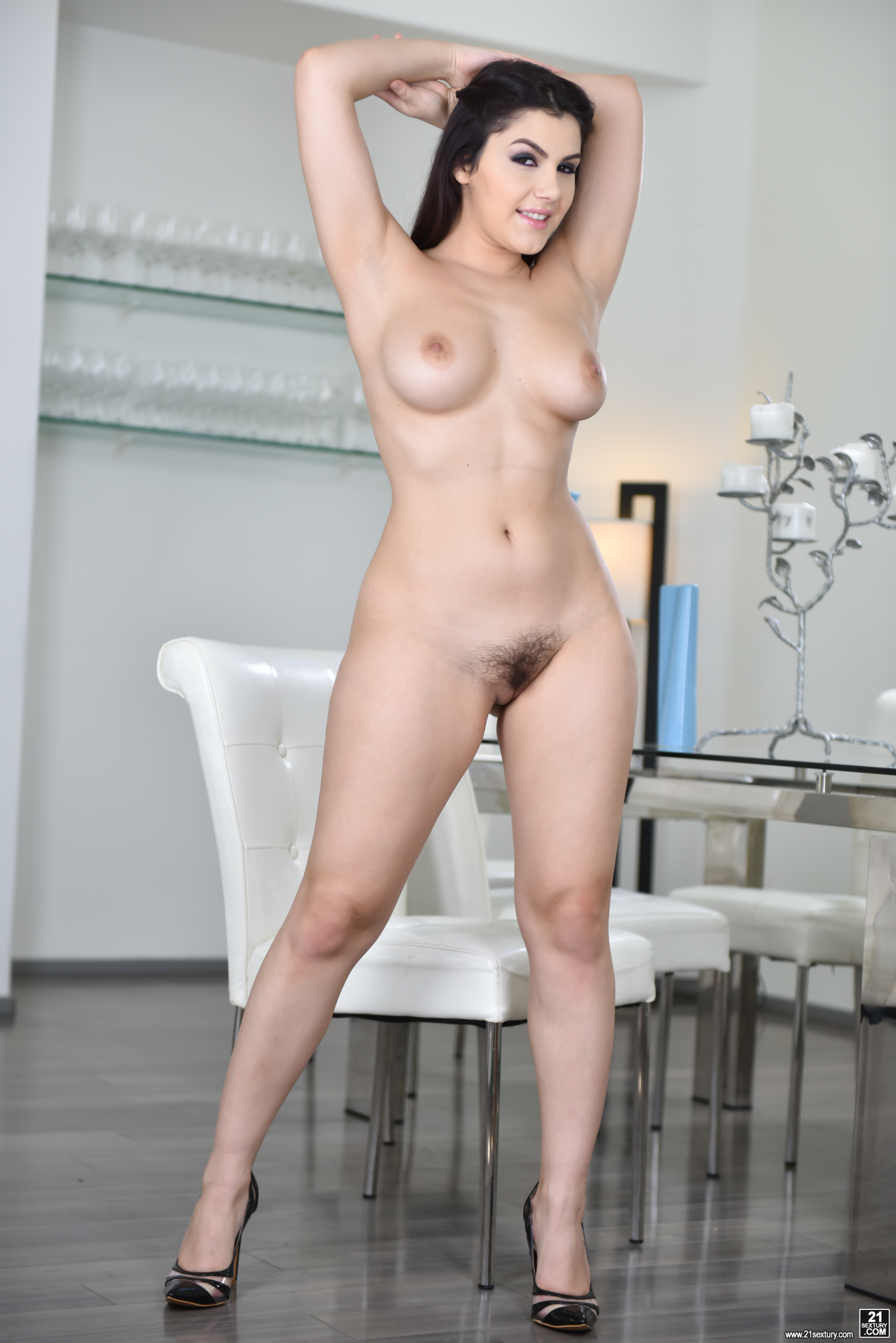 Brunch With Valentina Nappi Sexy Gallery Full Photo Sexyandfunny Com