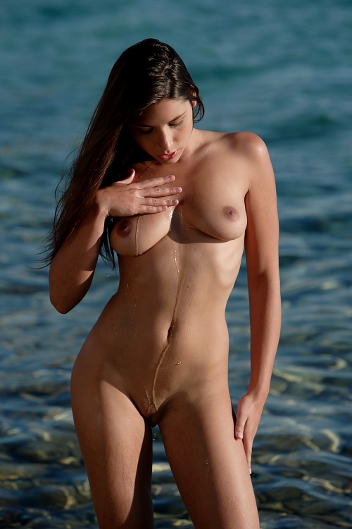 Slim women nude sports