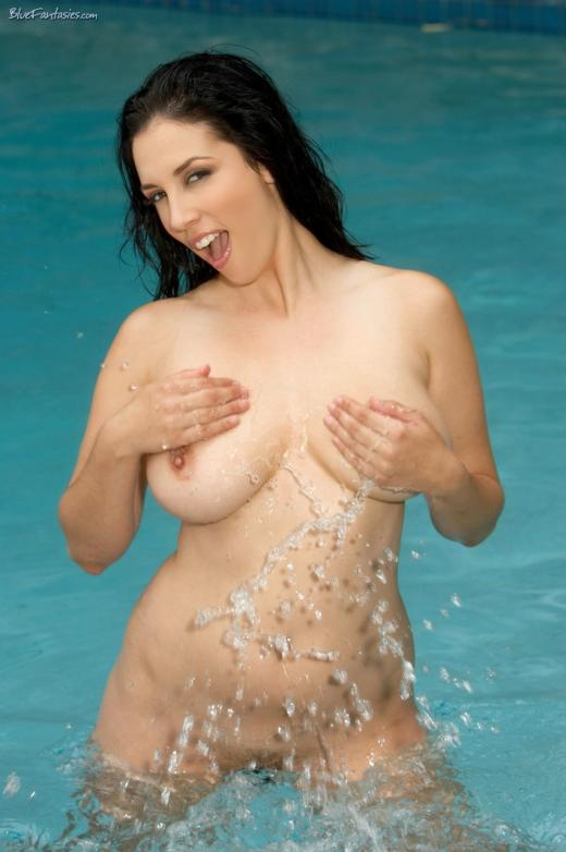 Jelena Jensen, brunette, strip, bikini, piercing, pool