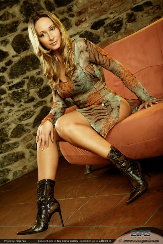 Roxy Carter, blonde, strip, boots, couch, lingerie