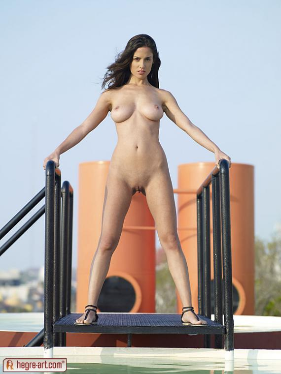 Muriel, brunette, strip, dress, pool, pose