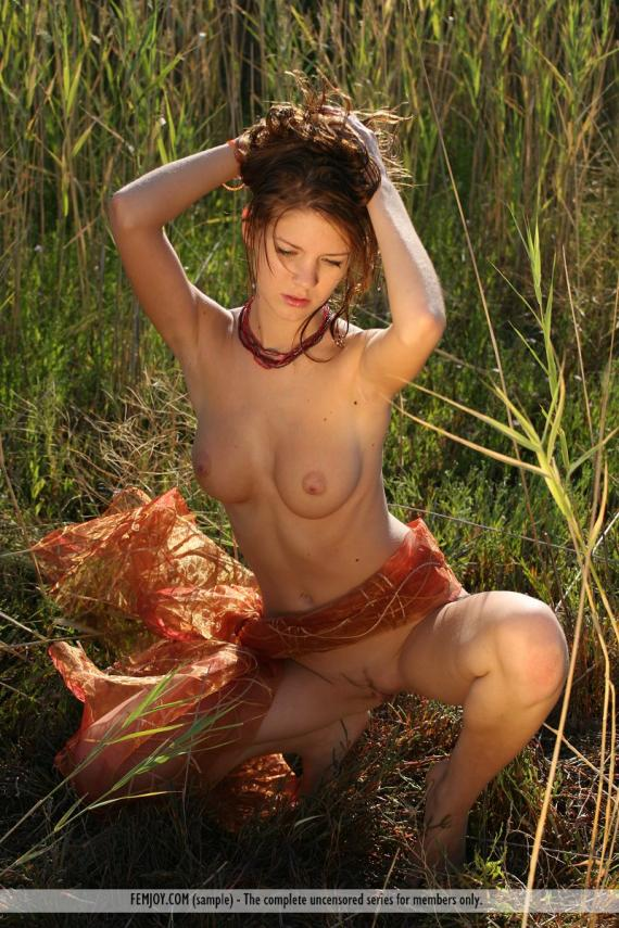 Mirjam, brunette, nude, wrap, field, pose
