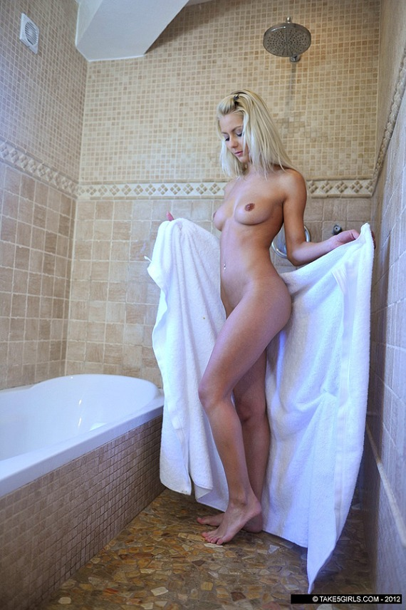 Anelli, blonde, strip, nude, ass, shower, lingerie
