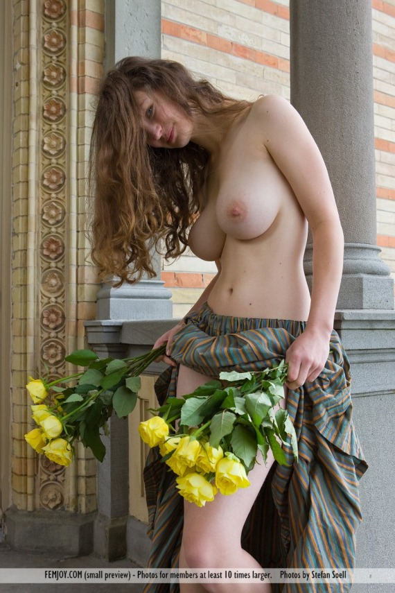 Susann, brunette, strip, nude, busty, ass, flowers