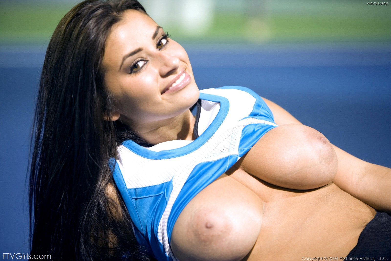 Alexa Loren, brunette, busty, flash, tennis, outdoors