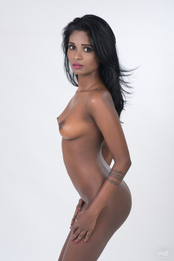 Exotic naked pictures