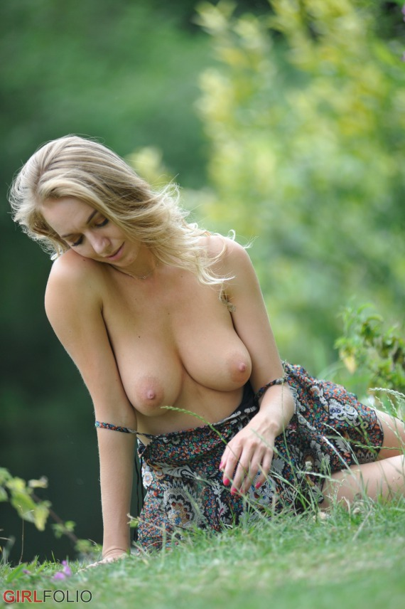 Hayley Marie Coppin, busty, garden, outdoors, topless