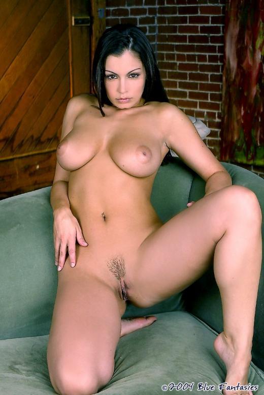 Bubble butt white girls anal