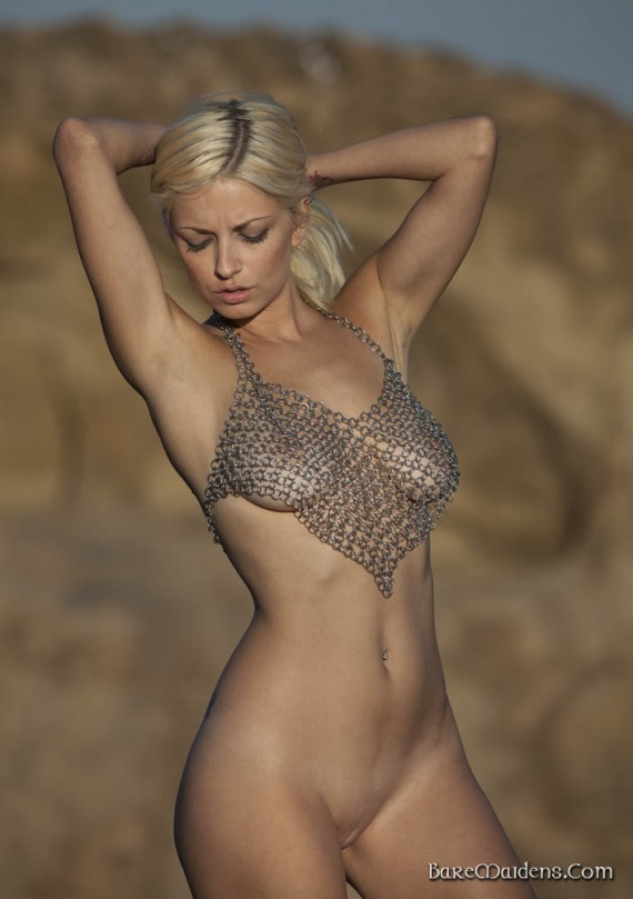 girls-girls-in-sexy-chain-mail-porn