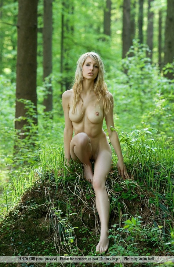 Teen nude in the forest, girl fucks elephantsex stories
