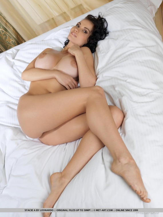 bobbi sue luther topless pics