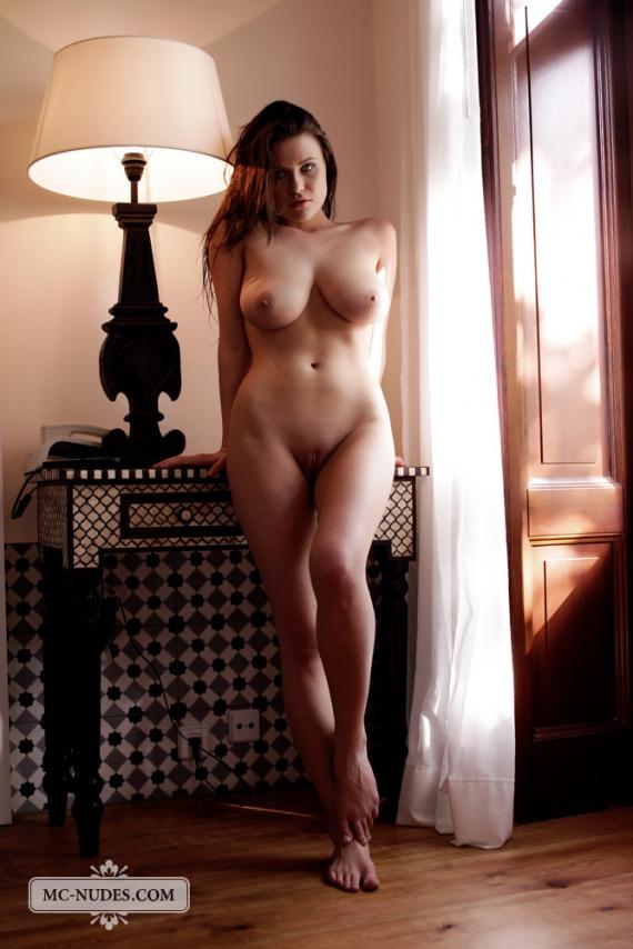Голые красивые полные женщины фото
