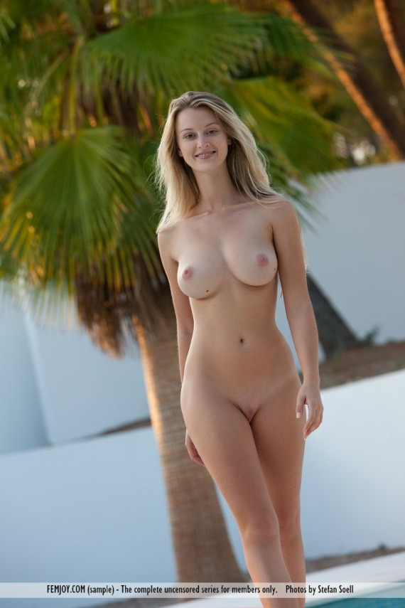 hot naked girls real cell phone pics