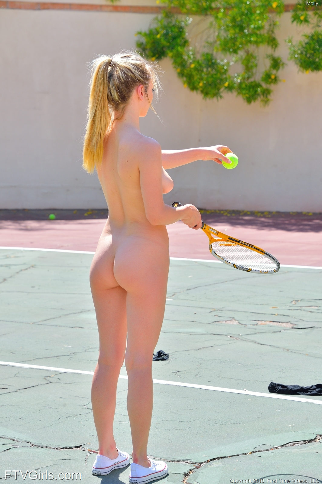 Molly Playing Some Tennis Naked - Sexy Gallery Full Photo -6869