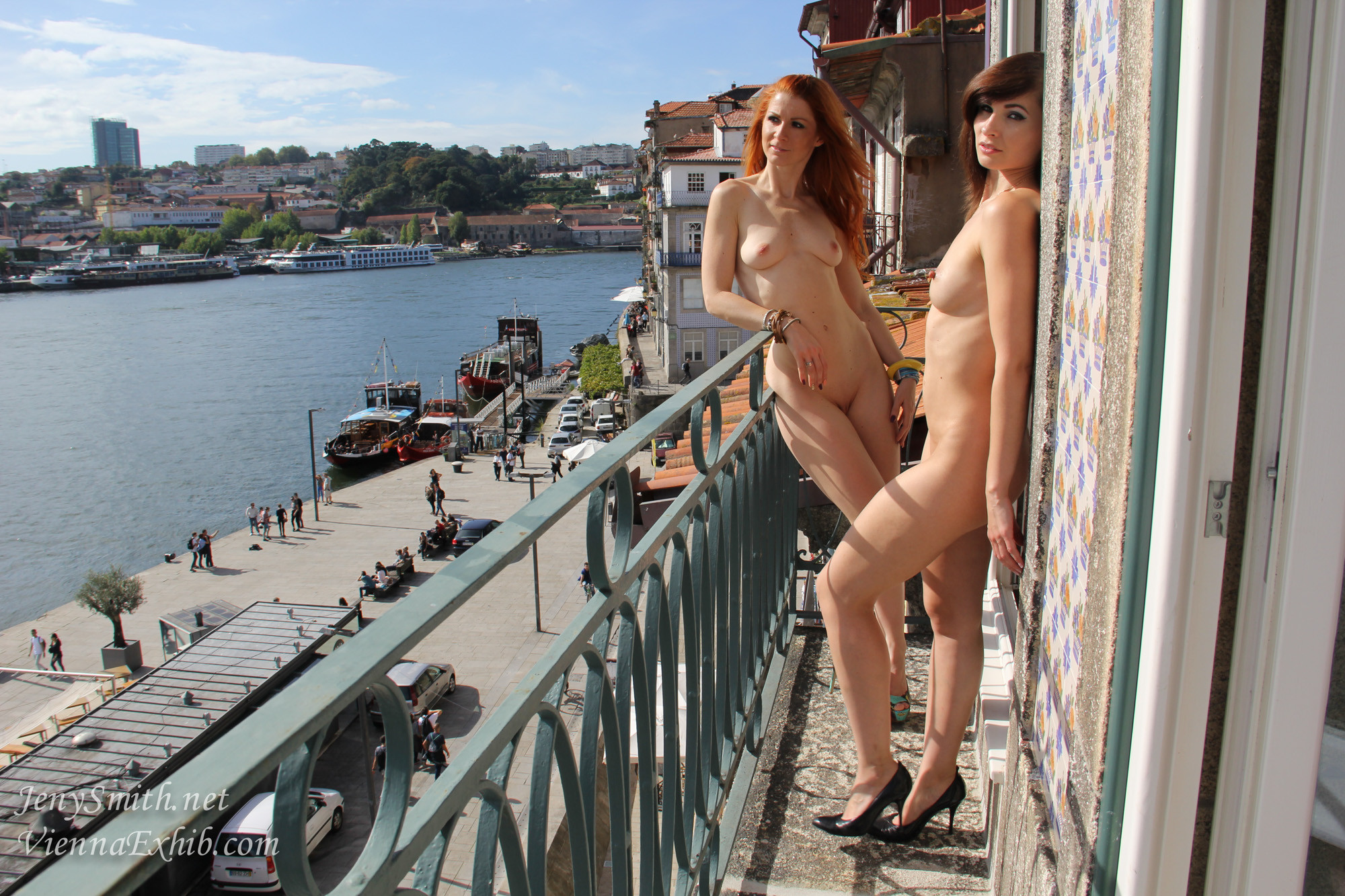 Jeny Smith and a Friend Naked on a Balcony - Sexy Gallery Full Photo #177655 - SexyAndFunny.com