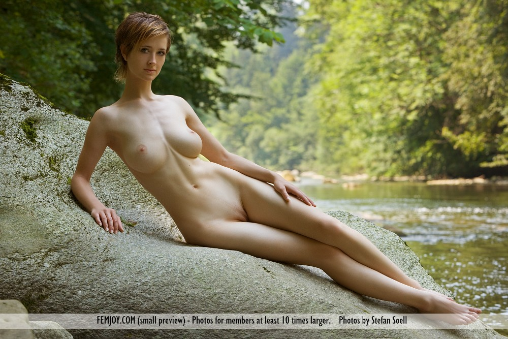 фото голые высокие девушки