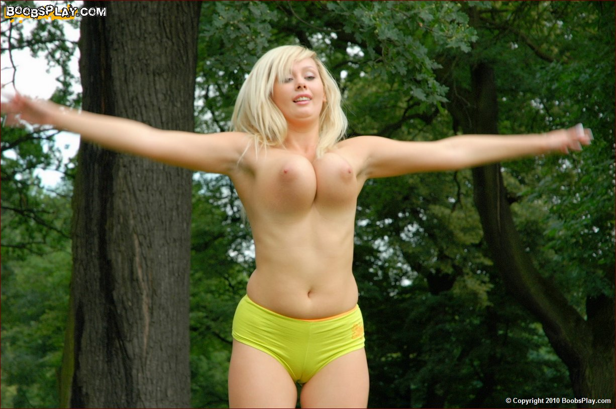 Hula hoop webcam curvy