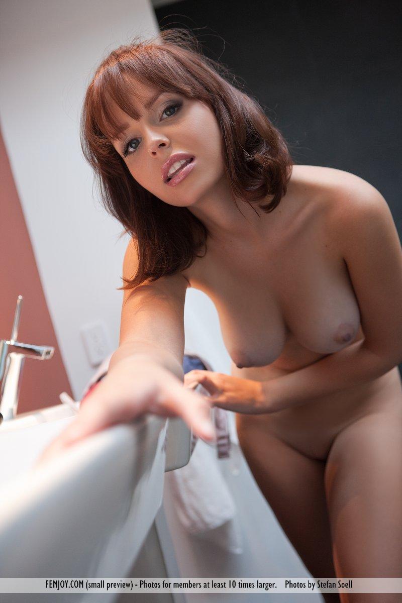 Hayden Winters Femjoy Classy hayden winters nude in the bathroom - sexy gallery full photo