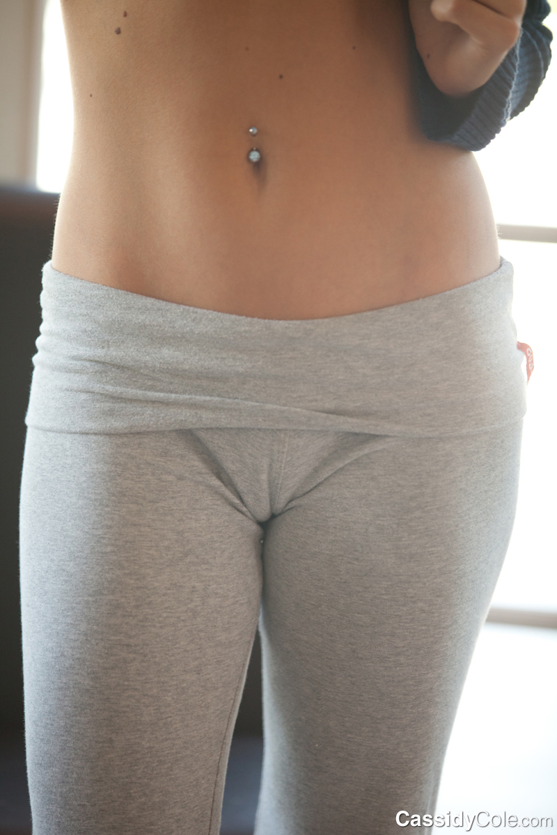 Share your hot girl tight sweatpants blowjob