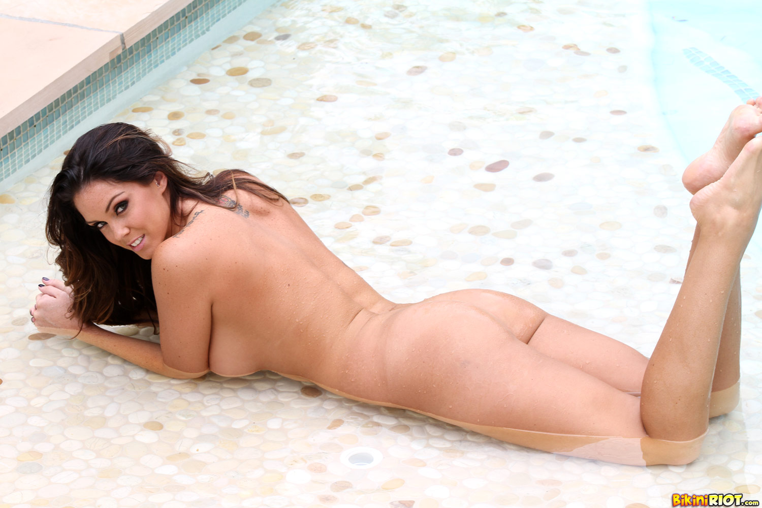 Alison Tyler Porn Pics alison tyler strips in the pool - sexy gallery full photo