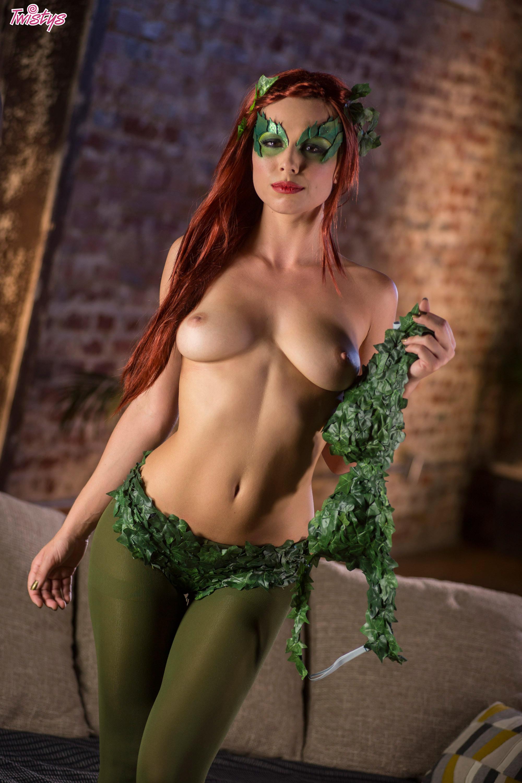 Nude Kvinder Halloween