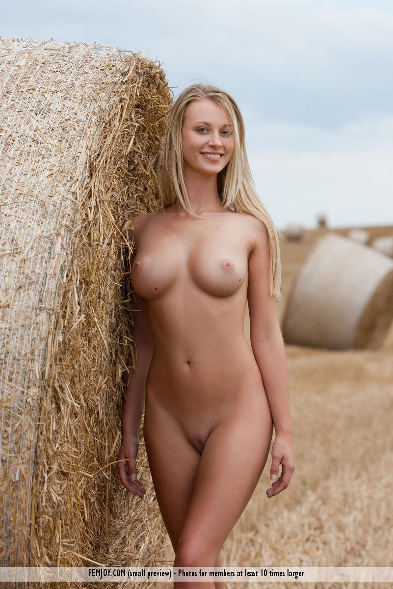 Украинские голые телки — 3
