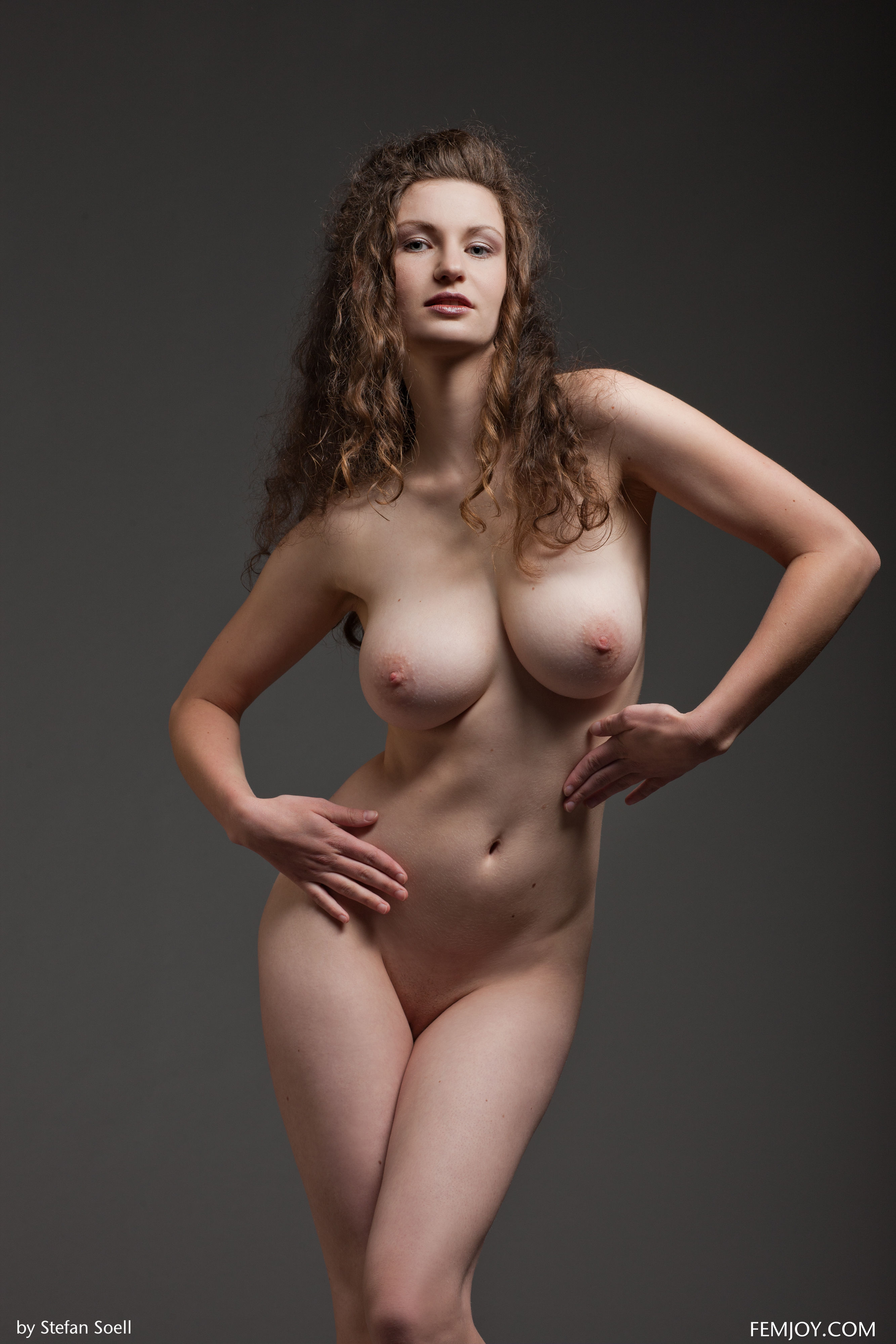 Sexy Girls Getting Undressed