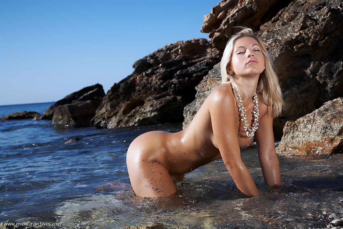 Iceland sexy girl naked, virgin bohora girls fuckd